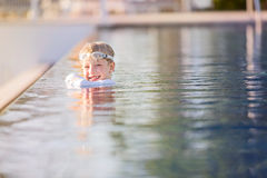 Kid in the pool Royalty Free Stock Images