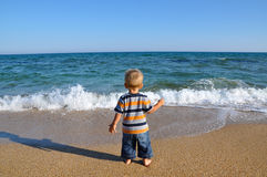 Kid and sea Royalty Free Stock Images