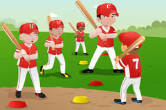 Kids in baseball practice Royalty Free Stock Images