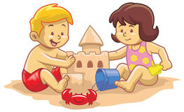 Kids build sand castle Royalty Free Stock Photography