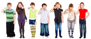 Kids cleaning teeth Royalty Free Stock Images