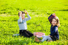 Kids eating fruits Royalty Free Stock Images