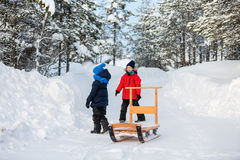 Kids outdoors on winter Royalty Free Stock Photos