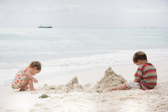 Kids playing on beach Royalty Free Stock Image