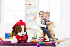 Kids playing in the room Royalty Free Stock Photography