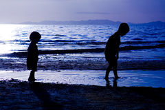 Kids playing on te Beach Royalty Free Stock Photography