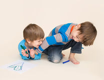Kids Playing Royalty Free Stock Photos