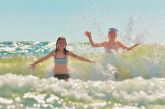 Kids  playing  in water Royalty Free Stock Images
