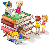 Kids reading books together Stock Photography