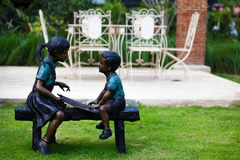 Kids statue in public park Royalty Free Stock Photos