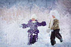 Kids in winter Royalty Free Stock Images