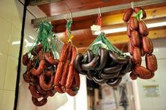 Kiełbasy i leczący mięsa, Iberyjscy wieprzowina produkty, Hiszpania zdjęcie stock