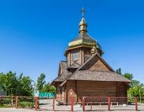 保佑的维尔京希腊人天主教的木教堂在Kie 免版税库存图片