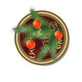 Kiefernniederlassung mit Weihnachtsbällen im Rahmen Lizenzfreies Stockfoto