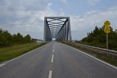 Kiel Canal - Gruenental bro på Beldorf Royaltyfria Foton