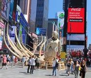 Kielzog in Times Square stock fotografie