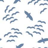 Kierdel ptaki w niebo wektoru bezszwowym wzorze royalty ilustracja