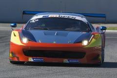 Kierowca CAMERON Ferrari 458 Italia GT3 2013 Zawody międzynarodowi GT OTWARTY zdjęcie stock