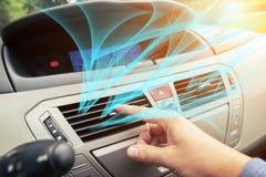 Kierowca ręki nastrajania powietrza wentylaci grille Obrazy Stock