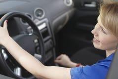 kierowcy uśmiechnięci kobiety potomstwa Zdjęcie Stock