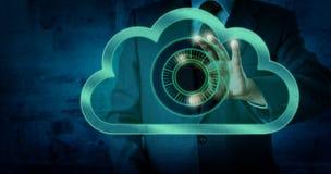 Kierownik Dotyka Wirtualnego tarcza kędziorek W chmurze zdjęcie stock