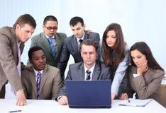 Kierownik i biznes drużyna w biurze Obrazy Royalty Free