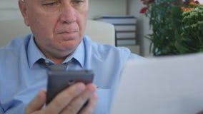 Kierownika Akcydensowy czytanie Biznesowy kontrakt obraz royalty free