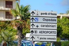 Kierunek podpisuje wewnątrz Włochy Fotografia Stock