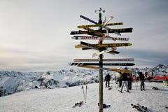Kierunkowy pointer w Austriackich Alps Obrazy Royalty Free