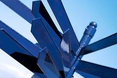 kierunkowy znak wielo- niebieski Zdjęcie Royalty Free