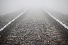 Kies zwischen Schiene Lizenzfreie Stockfotografie
