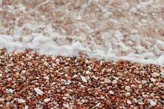 Kiesel auf dem Strand Beschaffenheit des Seeufers Das adriatische Meer Stockfotografie