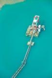 Kieserntemaschine auf See lizenzfreies stockfoto