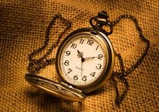 Kieszeniowy zegarek z gunny Zdjęcie Royalty Free