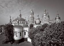 Kiev, bloeiende kastanjebomen in het klooster Royalty-vrije Stock Afbeeldingen
