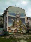 Kiev, de Oekraïne - December 31, 2017: Muurschildering` Heropleving van de Oekraïne ` door kunstenaars van Alexei Kislov en Julie royalty-vrije stock foto's