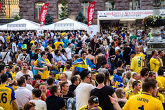 KIEV, de Oekraïne, EURO 2012 - Fanzone op Khreschatik Stock Fotografie