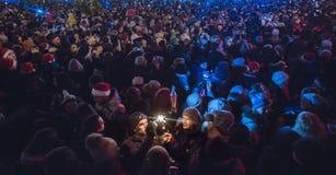 Kiev, de Oekraïne - 1 Januari, 2017: Sophiavierkant De mensen vieren Nieuwjaar Stock Afbeeldingen