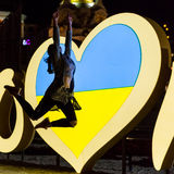 Kiev, de Oekraïne - kan 6, 2017 Voorbereidingen voor de Eurovisie 2017 op Khreshchatyk Vrijheid, muziek kiev ukraine Stock Afbeelding
