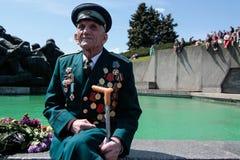 KIEV, de OEKRAÏNE - mag 09, 2015: Militaire banden maart op de dag van de 70ste verjaardag van de overwinning over Nazisme in Kie royalty-vrije stock foto's