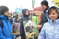 KIEV, de OEKRAÏNE - 29 Nov., 2015: Oekraïeners spelen een rol in het Oekraïense Globale Klimaat Maart Royalty-vrije Stock Afbeeldingen