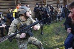 KIEV, de OEKRAÏNE - Oktober 31, 2015: Halloween-viering in Kyiv Stock Afbeelding