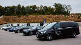 Kiev, de Oekraïne - OKTOBER 4, 2016: Mercedes Benz-sterervaring De interessante reeks testaandrijving Royalty-vrije Stock Foto's