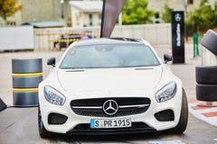Kiev, de Oekraïne - OKTOBER 4, 2016: Mercedes Benz-sterervaring De interessante reeks testaandrijving Royalty-vrije Stock Foto