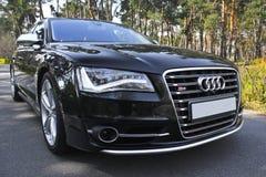 Kiev, de Oekraïne 12 september, 2013 Audi S8 royalty-vrije stock foto's