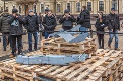 KIEV Februari 21: I Kiev på Sts Michael fyrkantiga prövkopior av mi Royaltyfria Foton