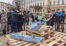 KIEV Februari 21: I Kiev på Sts Michael fyrkantiga prövkopior av mi Royaltyfria Bilder