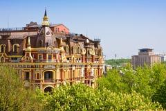 KIEV, 5 Oekraïne-Mei: De oude bouw in de neo-renaissancestijl in Kiev op 5,2013 Mei het hotel Royalty-vrije Stock Foto