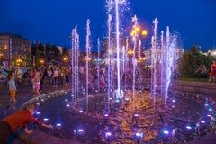 Kiev springbrunnar på Maidan Nezalezhnosti Fotografering för Bildbyråer