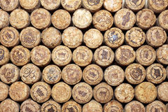 KIEV, UCRÂNIA - 22 DE ABRIL: Fundo editorial do vinho efervescente do champanhe com logotipos o 22 de abril de 2017 em Kiev, Ukr Imagens de Stock Royalty Free